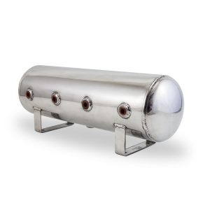 2.5 Gallon Aluminum Air Tank; (4) 1/4 in.  face ports; 6 in.  D X 20 in.  L, light weight, polished aluminum, 200PSI maximum operating pressure.